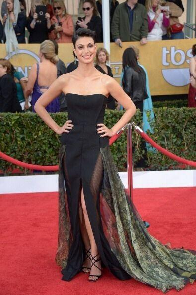 Morena Baccarin deslumbró a todos con este vestido extraño, con transpar...