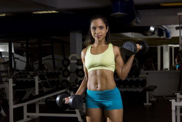 Tómate tu tiempo y haz los ejercicios fijándote en cada movimiento que r...