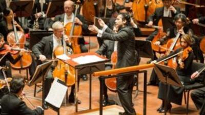 El primer director de música hispano de la Sinfónica de Houston, Andrés...