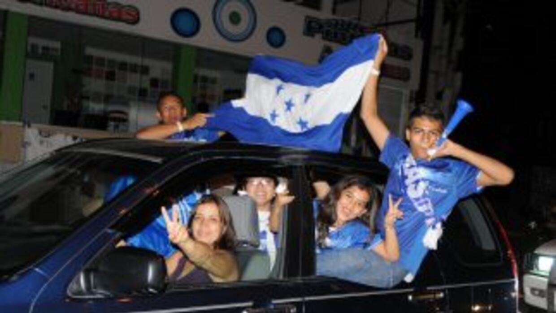 La selección sub 17 de Honduras fue recibida de manera apoteótica por el...