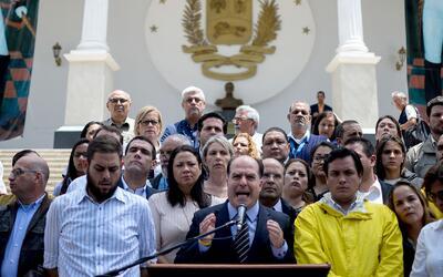 Asamblea de Venezuela desconoció la sentencia del Tribunal Supremo que i...