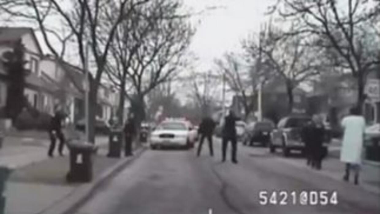 El video fue grabado por la cámara de una patrulla el 3 de febrero de 2012.