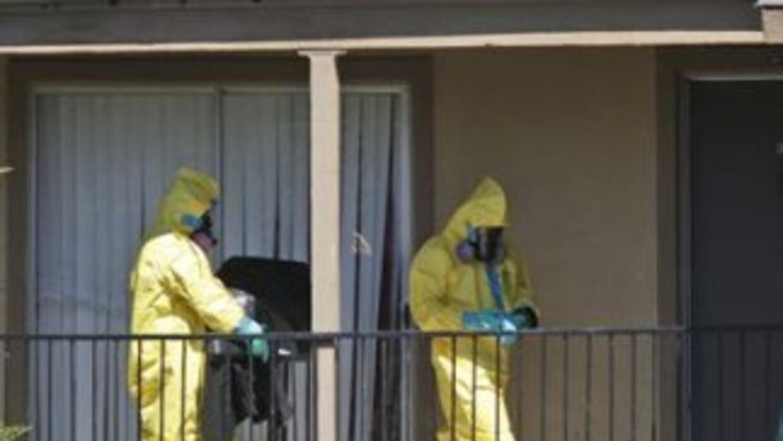 Autoridades sanitarias observan de cerca a la decena de personas que tuv...