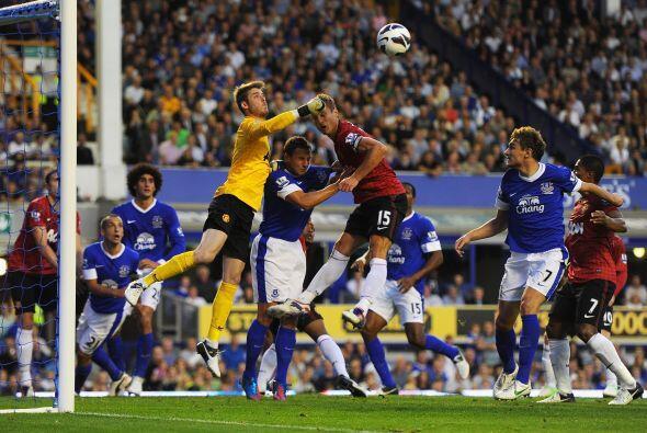 Hasta los últimos minutos el propio Everton tuvo posibilidad de ampliar...