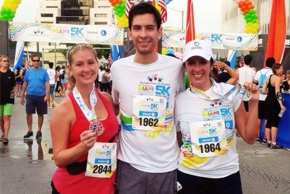 """""""¡Lo logramos! Corrimos 5 kilometros a beneficio del #MiamiChildrensHosp..."""