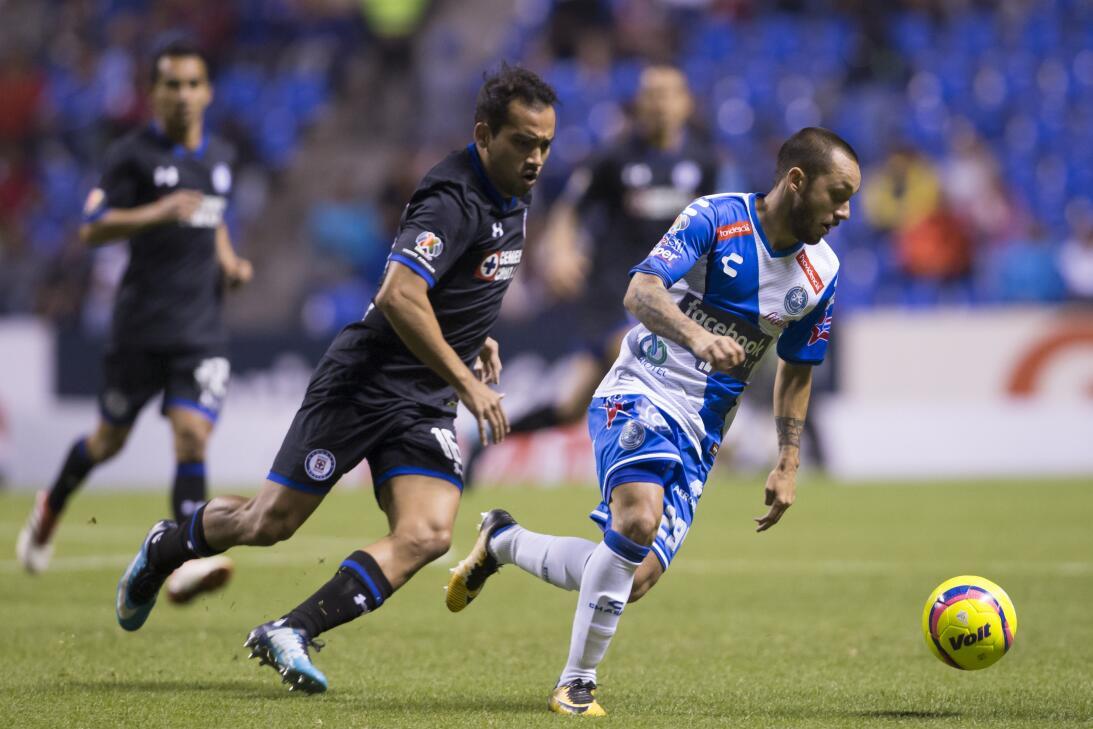 Cruz Azul venció a Puebla 2-0 en Copa MX 20180207-2234.jpg