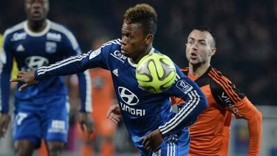 Lyon no supo aprovechar los empates de sus perseguidores y terminó hacie...