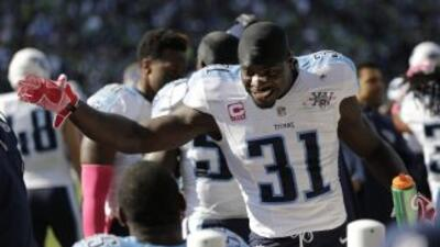 Bernard Pollard se quedará con los Titans (AP-NFL).