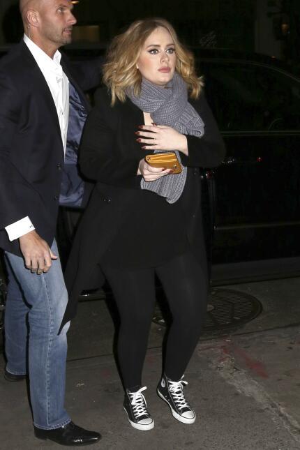 Emma Stone, Adele y Jennifer Lawrence son tres 'comadres' divertidas.
