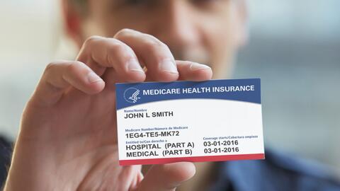 Las nuevas tarjetas eliminan el número del seguro social de cada...