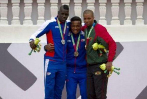 El equipo de Cuba continúa mostrando su poderío en el atletismo de los J...