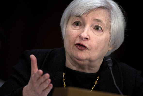 2.- JANET YELLEN: Está al frente de la Reserva Federal de Estados...