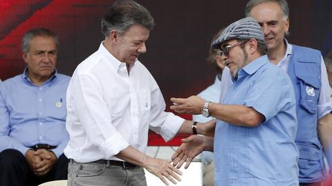 Con la entrega de 7,132 armas a delegados dela ONU, las FARC dicenadiós...