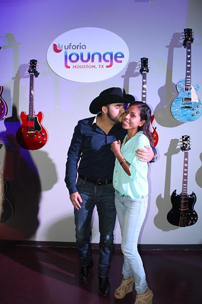 Ofreció un concierto íntimo y exclusivo a sus fans de Houston.