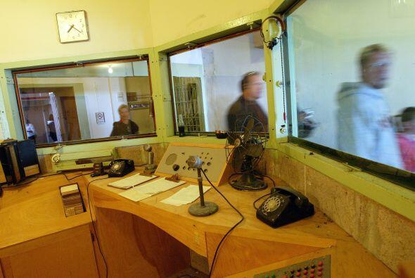 Además existía un detector de metales por donde pasaban los visitantes....