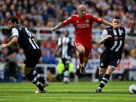 La fecha dominical de la jornada 31 en la Liga Premier inglesa inici&oac...