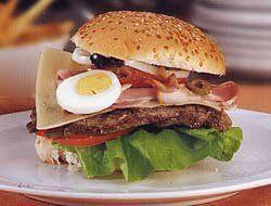 Chivito uruguayo: Para los amantes de la comida rápida, la gastro...