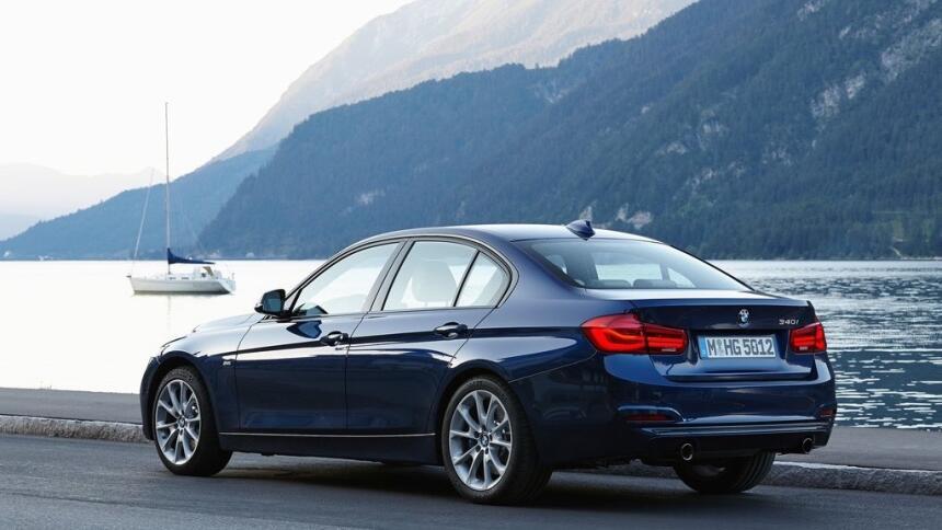 Los ocho mejores modelos 2017 que nadie compra BMW-3-Series-2016-1024-45...
