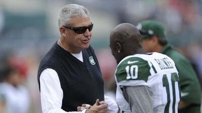 Holmes con Rex Ryan cuando estaba en los Jets (AP-NFL).