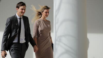 Lo que dice la ropa de Ivanka Trump desde que su padre se hizo presidente