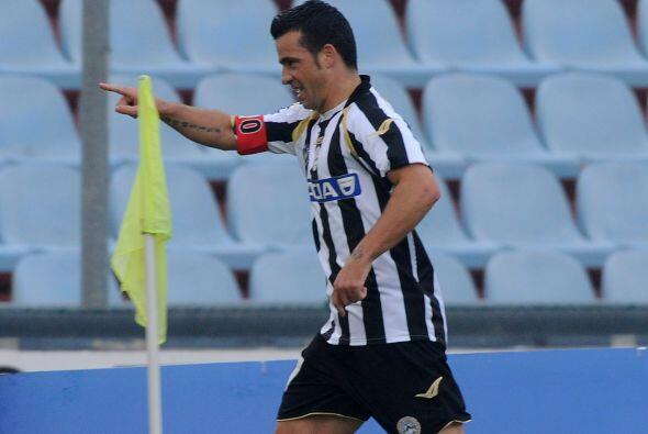 La figura del duelo fue el pasado 'capocanonnieri' Antonio Di Natale.