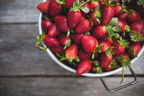 Las frutillas tienen un color que convierte cualquier receta en una fies...