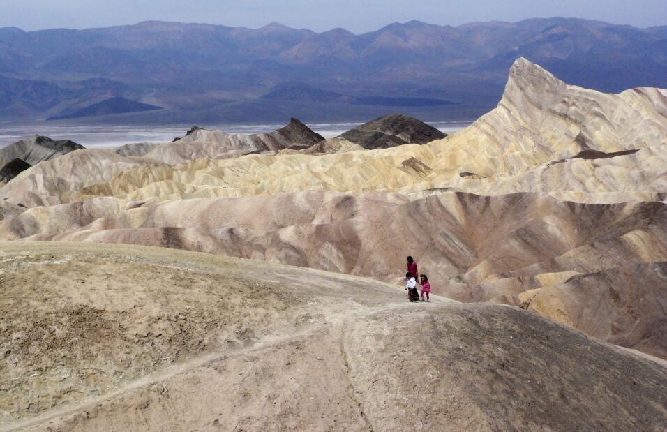 Imagen de 2010 en el Parque Nacional del Valle de la Muerte donde para e...