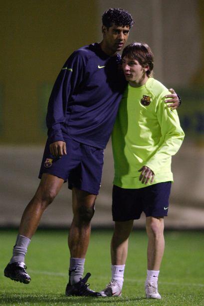 Entre los entrenadores que ha tenido Messi vistiendo la playera del Barc...