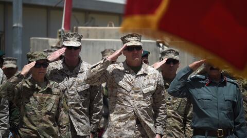 Soldados estadounidenses y afganos en una imagen de abril en Helmand, Af...