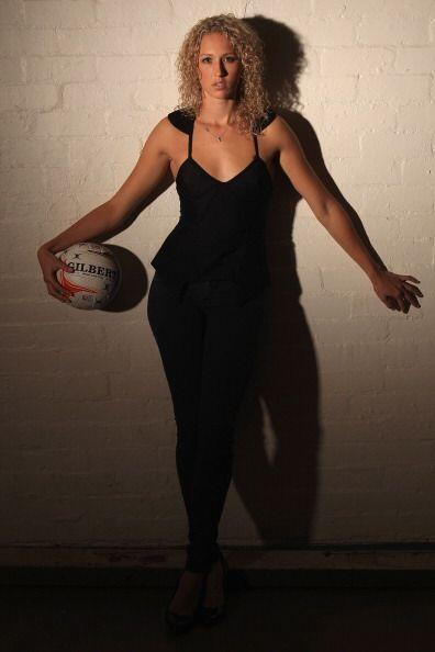 Erin Bell es una jugadora de netball. Nació en Australia el 30 de abril...