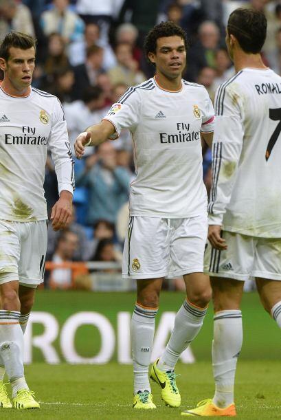 Triunfo final del Real Madrid que se ganó el aplauso de la afici&...