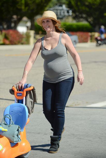 La guapa actriz vive con mucha felicidad su segundo embarazo.
