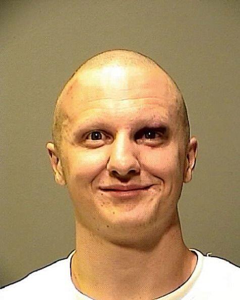 En cuanto al agresor, Jared Lee Loughner, de 22 años, podría enfrentar p...