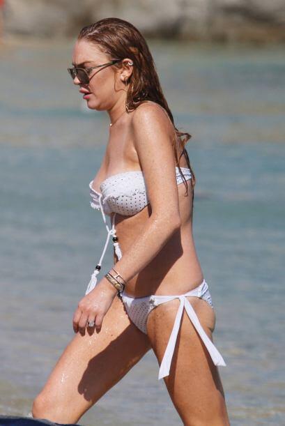 O si lo prefieres, un bikini de dos piezas como Lindsay Lohan.