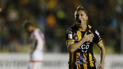 Atlas y Tijuana compiten contra la Juventus por el fichaje del goleador de la Copa Libertadores
