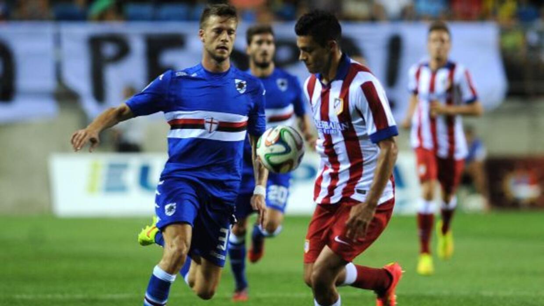 Jiménez, quien ya había jugado en amistosos y en la Supercopa española,...