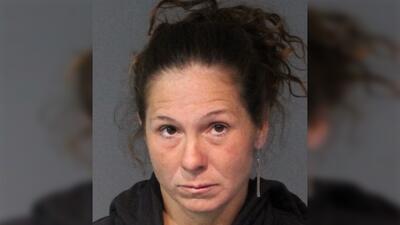 Encuentran a una niña de Texas desaparecida en Nevada y arrestan a su madre biológica