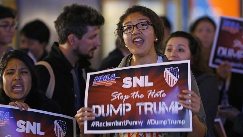 Protesta contra Trump ante NBC