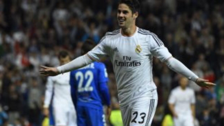 Isco anotó y jugó un buen partido ante Almería.