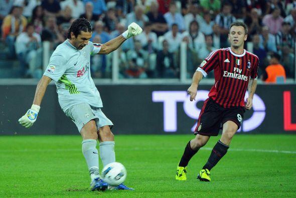 Gianluigi Buffon jugó un gran partido, como en sus mejores tiempos.