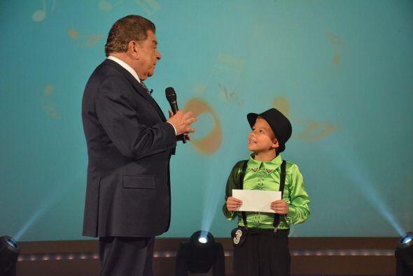 Don Francisco, motiva al pequeño Kevin a seguir adelante con su sueño de...