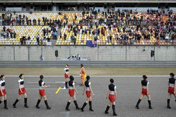 La tercera carrera de la temporada del 2011 en China fue todo un espectá...