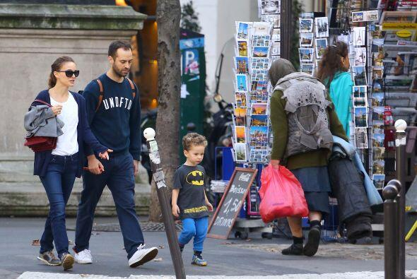 El no-tan-pequeño- Aleph estaba en un traje de Batman.