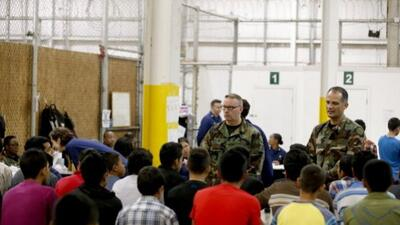 Menores inmigrantes indocumentados, refugio en base militar