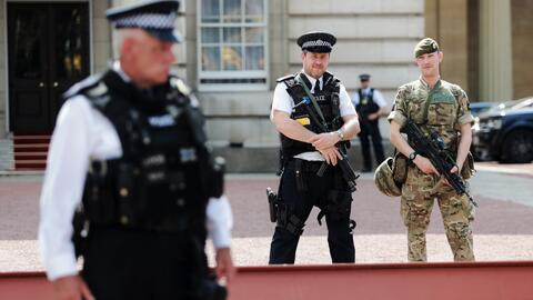 """Autoridades de Manchester investigan una """"red"""" tras la explosión en un c..."""