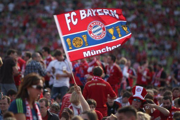 2. BAYERN MÜNCHEN- La marca Bayern München tiene un valor actual de $786...