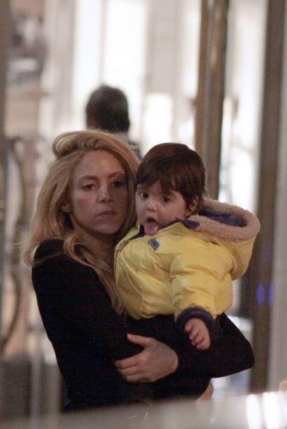 ¡Milan Piqué es un bebé súper consentido que viste las mejores 'garritas...