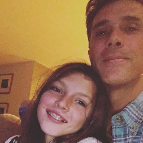 Sergio Mayer y su hija Antonia