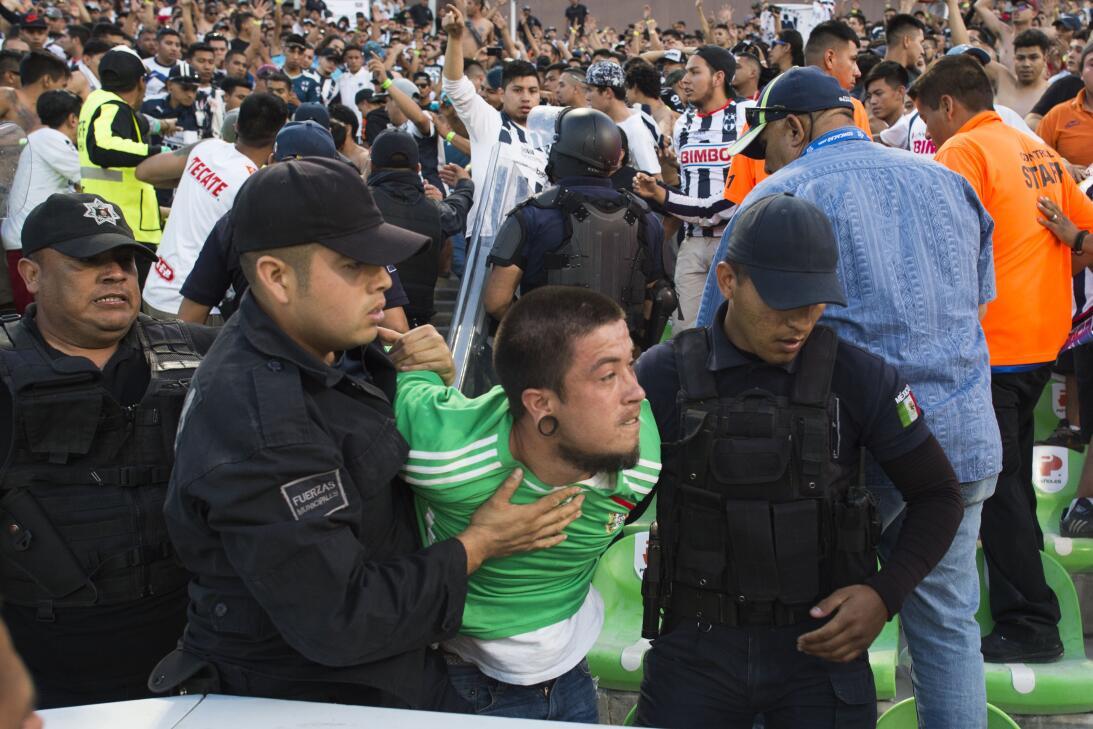 Emocionante empate entre Santos y Monterrey 20170412_3305.jpg