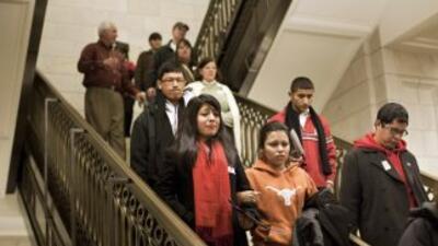 Alumnos de todo el país presionan para la aprobación del DREAM Act.